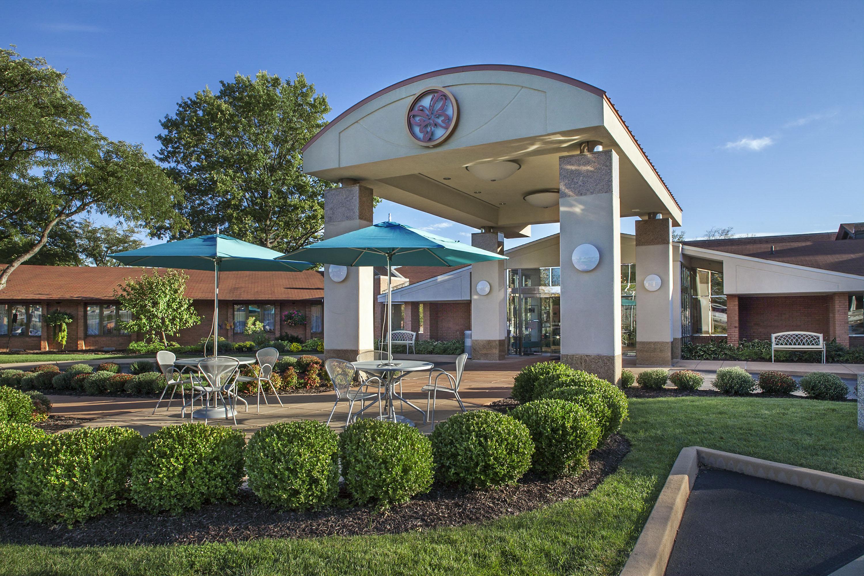 St Louis Skilled Nursing Care Delmar Gardens West